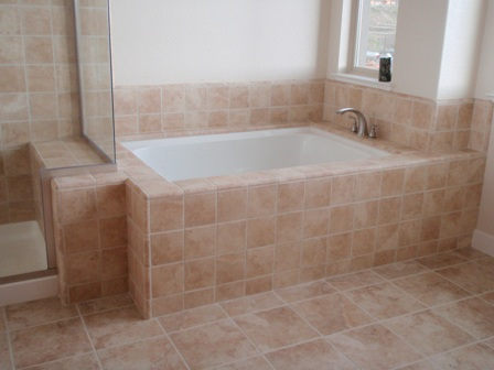 Cleaning bathroom tile how to clean bathroom tile for Best product for cleaning bathroom tiles